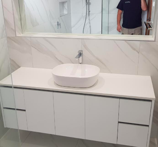 sink and mirror cabinetry melbourne